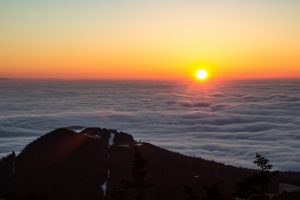 Sunrise at the top of mount Killington in Vermont